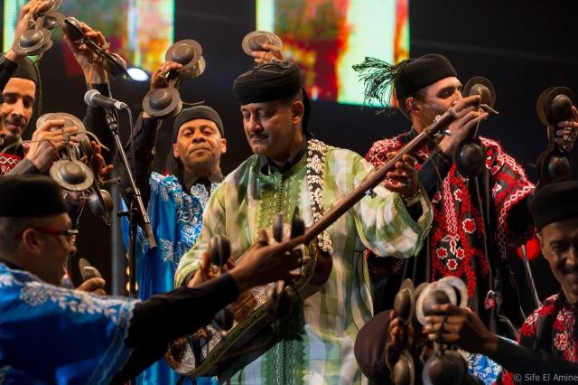 Fest.Gnaoua2015.Scene.Plage.Maalem.Hamid.El.Kasri.&.Humayun.Khan.16.05∏SifeElAmine.PD-14